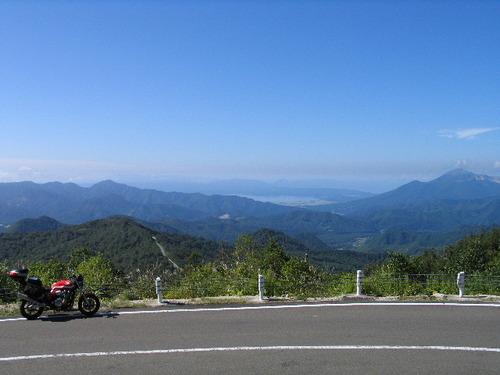 磐梯吾妻スカイライン国見台から望む磐梯山と猪苗代湖